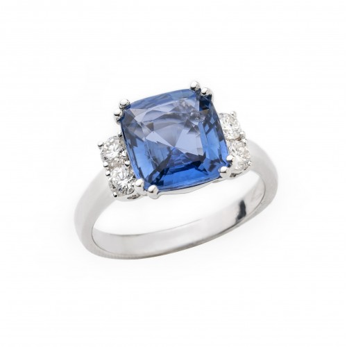 Unheated Blue Sapphire Diamond Ring (750 White Gold)