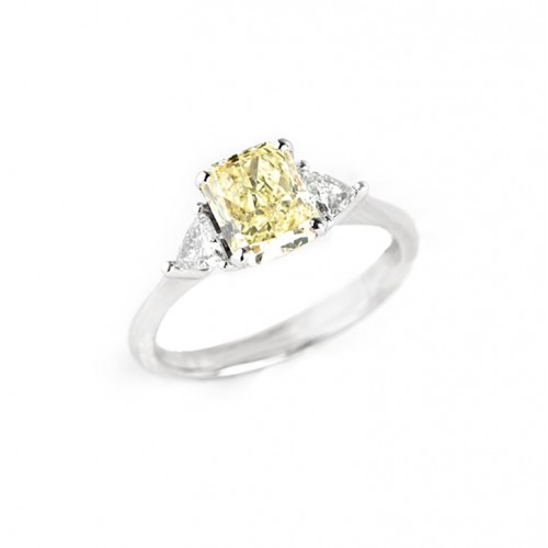 Fancy Yellow Cushion Cut Diamond Ring (750 White Gold)