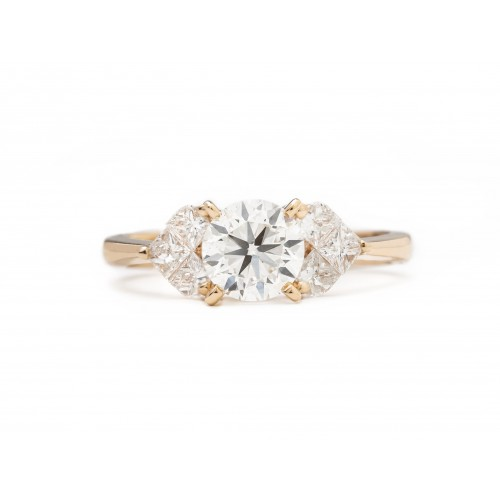 Perfection on Rose Diamond Ring (750 Rose Gold)